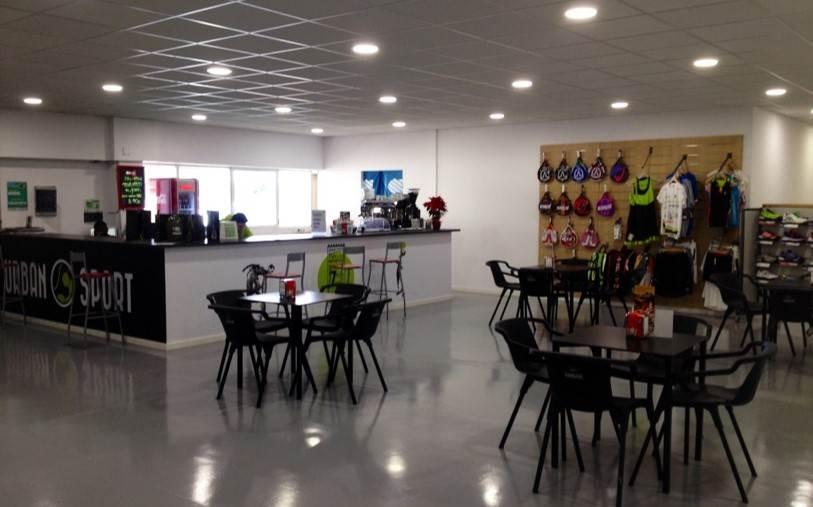 Cafetería y Tienda Deportiva